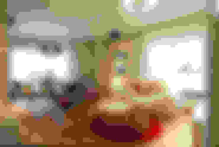 Phòng khách by Sube Susaeta Interiorismo