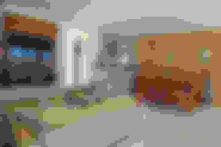 Casa Simples e Confortável: Salas de estar  por RAC ARQUITETURA