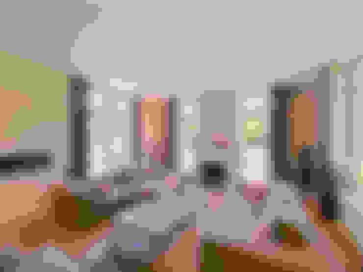 Living room by Friso Woudstra Architecten BNA B.V.
