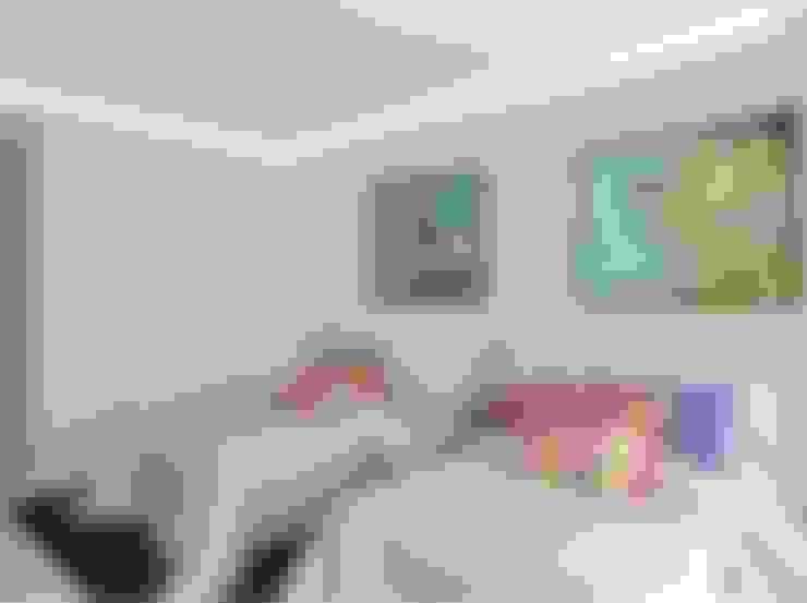 Dormitorios de estilo  por GUNNI & TRENTINO
