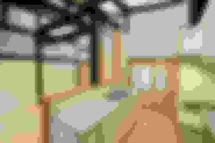 Kitchen by 吉田建築計画事務所
