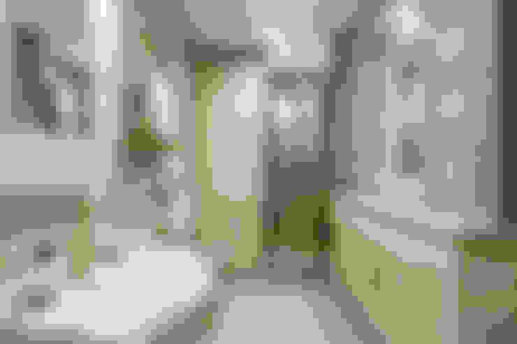 حمام تنفيذ Valeria Ganina