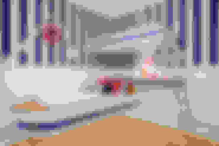 Nursery/kid's room by Karla Silva Designer de Interiores