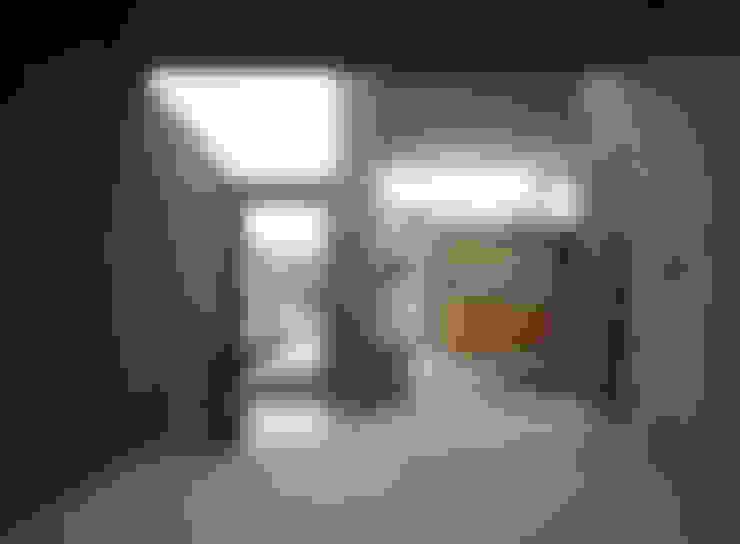 下小鳥の家: 桐山和広建築設計事務所が手掛けた和室です。