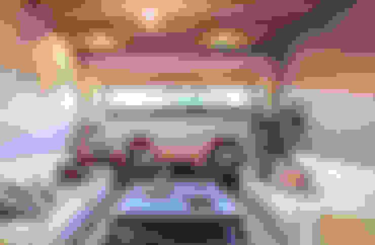 Ruang Keluarga by Loyola Arquitectos