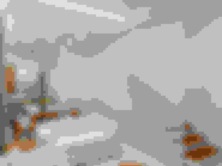 Pasillos y hall de entrada de estilo  por Merlincon Prestes Arquitetura