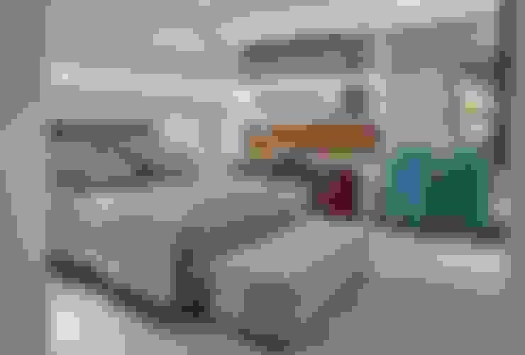 Dormitorios de estilo  por Lider Interiores