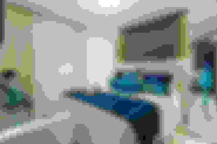 Dormitorios de estilo  por RB ARCHDESIGN