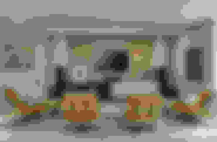 Salas multimedia de estilo  por Isabela Canaan Arquitetos e Associados