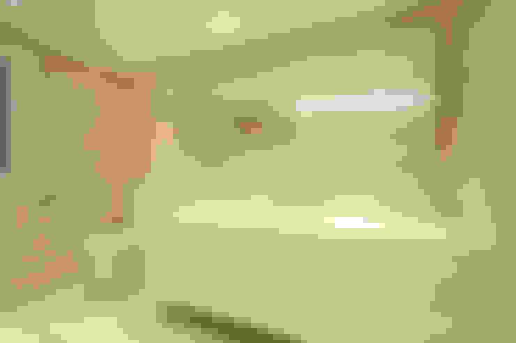 Salle de bains de style  par 홍예디자인