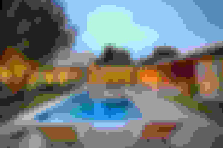 Houses by Mario Caetano e Eliane Pinheiro