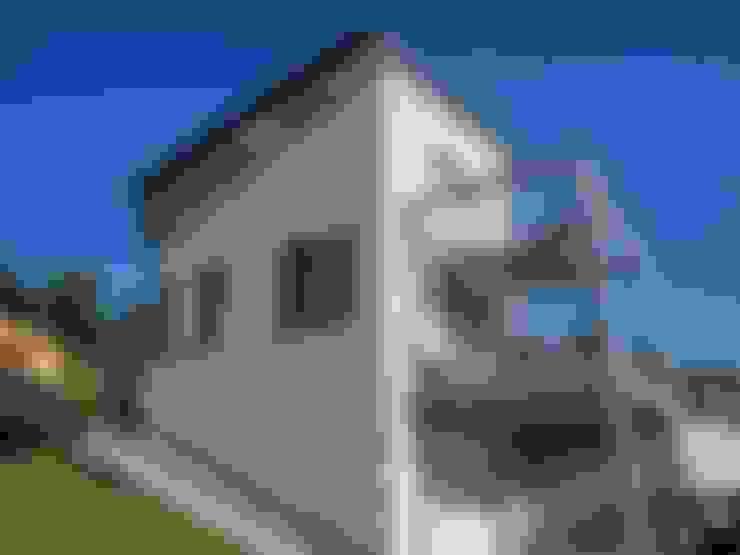 บ้านและที่อยู่อาศัย by studio associato Ciati
