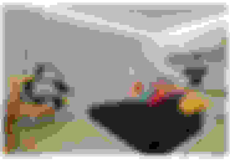 Casa Bulcão: Quarto infantil  por ANDRÉ BRANDÃO + MÁRCIA VARIZO arquitetura e interiores