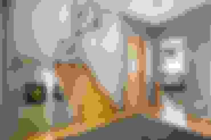 Couloir et hall d'entrée de style  par 3L, Arquitectura e Remodelação de Interiores, Lda