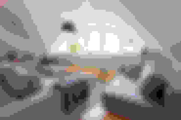 Salas de estar  por Planungsgruppe Barthelmey