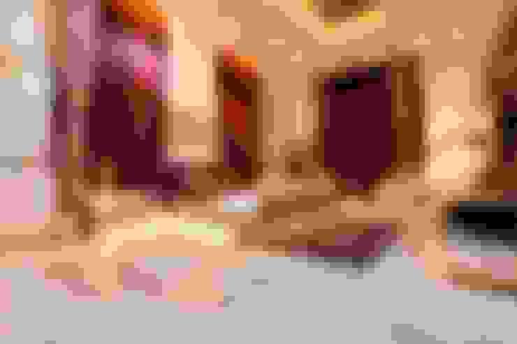 NEMI VILLA:  Bedroom by INNERSPACE