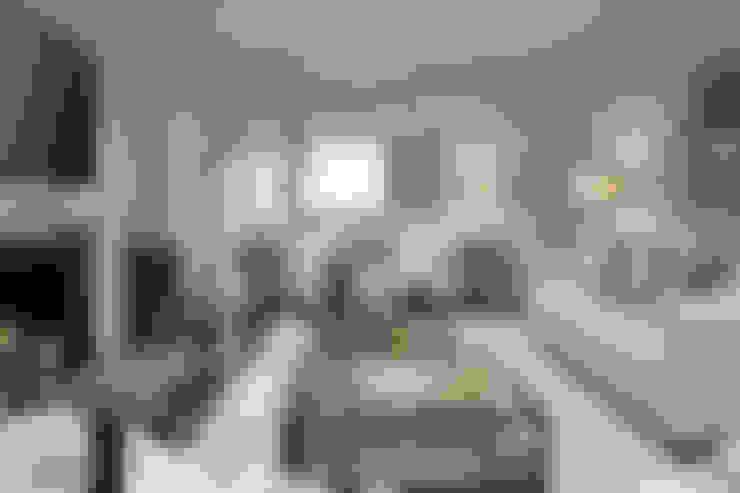 غرفة المعيشة تنفيذ JHR Interiors