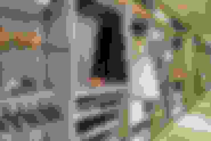 Closets de estilo  por Lider Interiores