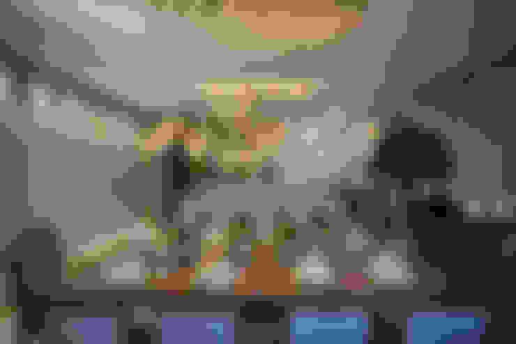 Polígono um ambiente para cada um - Ambiente CASA COR SC 2015: Salas de jantar  por Spengler Decor