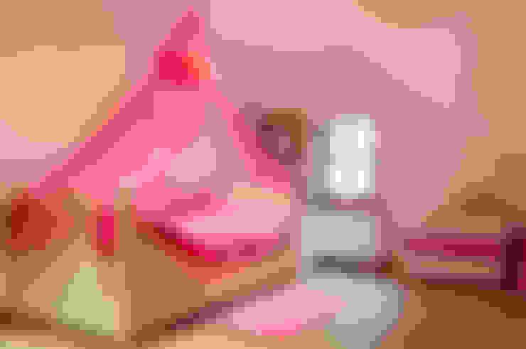 Dormitorios infantiles de estilo  por De Plankerij BVBA