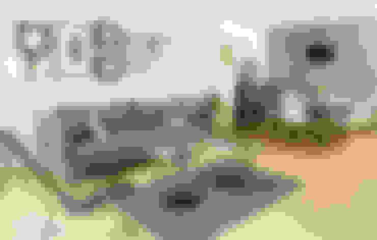 Salas/Recibidores de estilo  por Ploka 8.7