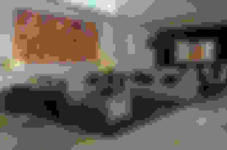ห้องนั่งเล่น by VICTORIA PLASENCIA INTERIORISMO