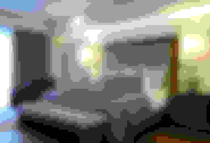 غرفة نوم تنفيذ VICTORIA PLASENCIA INTERIORISMO