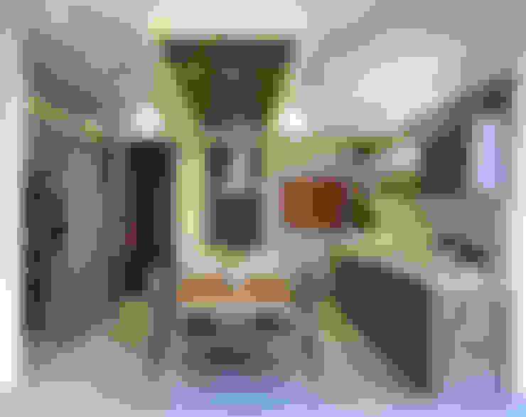 Kitchen by VICTORIA PLASENCIA INTERIORISMO