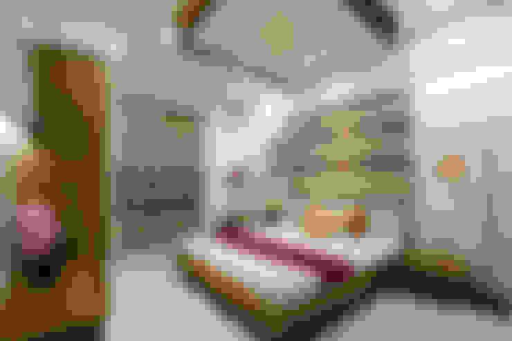 SAKET:  Bedroom by SPACEPLUS