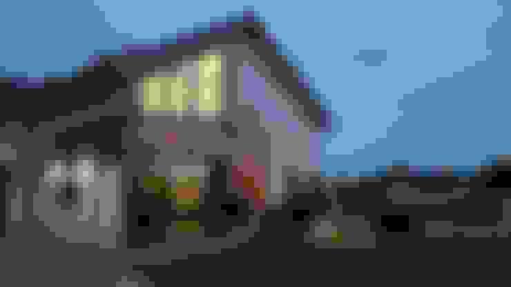 Dom Chwaszczowo- Gdynia: styl , w kategorii Domy zaprojektowany przez Pracownia Projektowa Wioleta Stanisławska