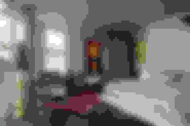 Studio da Empresária - Casa Cor SC'2012: Salas de estar  por CMSP Arquitetura + Design