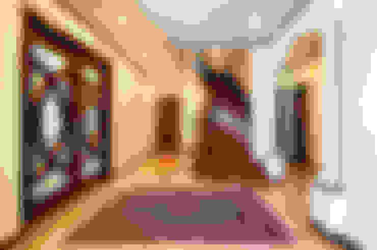 施工事例5: ㈱K2一級建築士事務所が手掛けた廊下 & 玄関です。