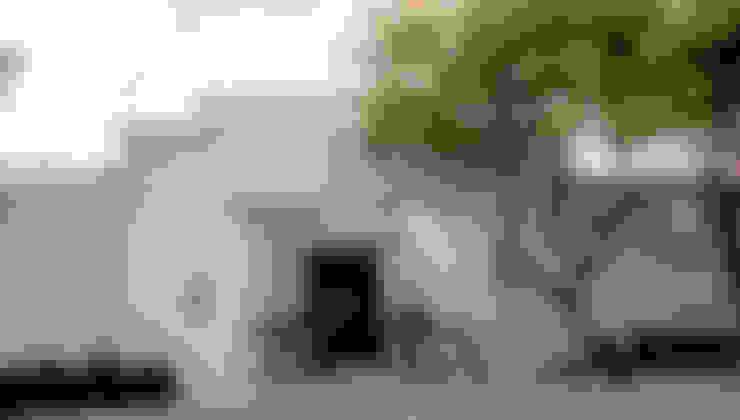 Fachada Principal : Casas de estilo  por CH Proyectos