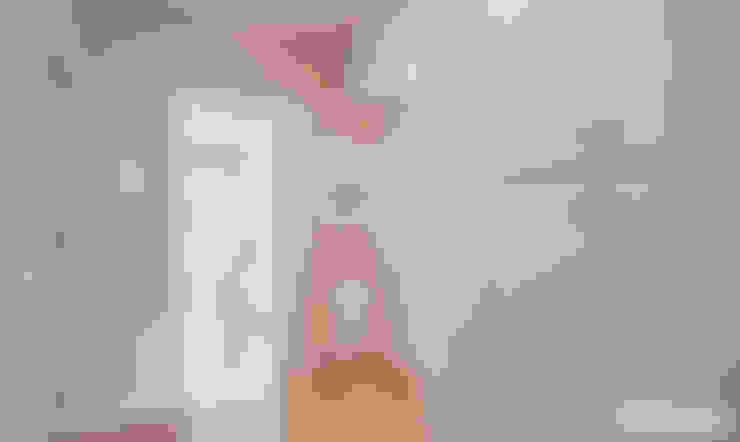 Corredor, vestíbulo e escadas  por iloftyou