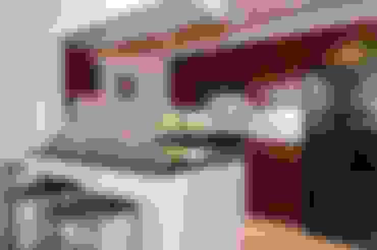 Cocina de estilo  por S.R. Buildtech – The Gharexperts