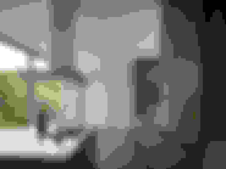 Villa in de duinen, Hoek van Holland:  Keuken door De Zwarte Hond
