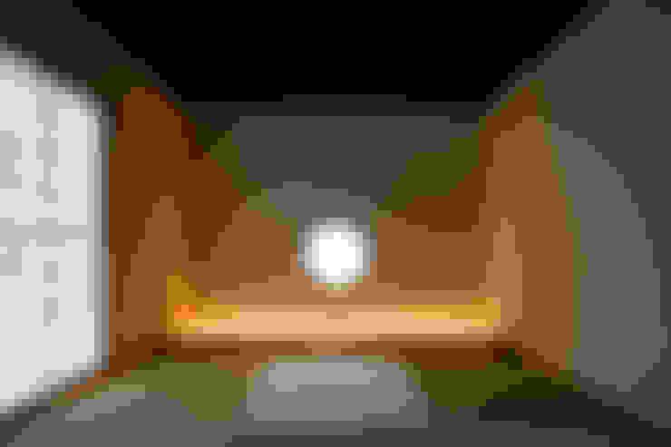 Slaapkamer door MAY COMPANY & ARCHITECTS