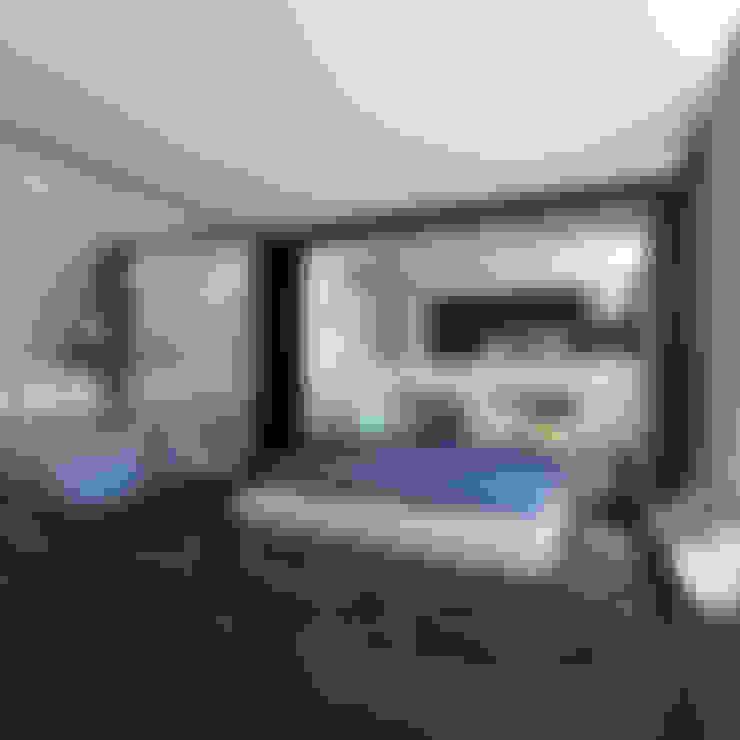 Camera da letto in stile  di ZR-architects