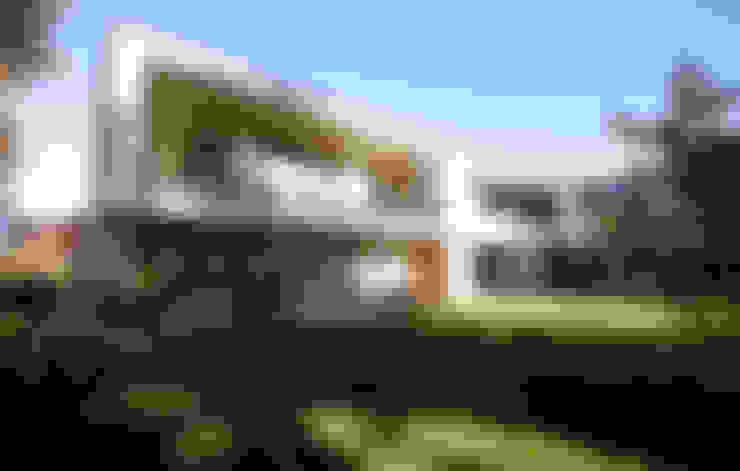 Huizen door BESTO ZT GMBH_ Architekt DI Bernhard Stoehr