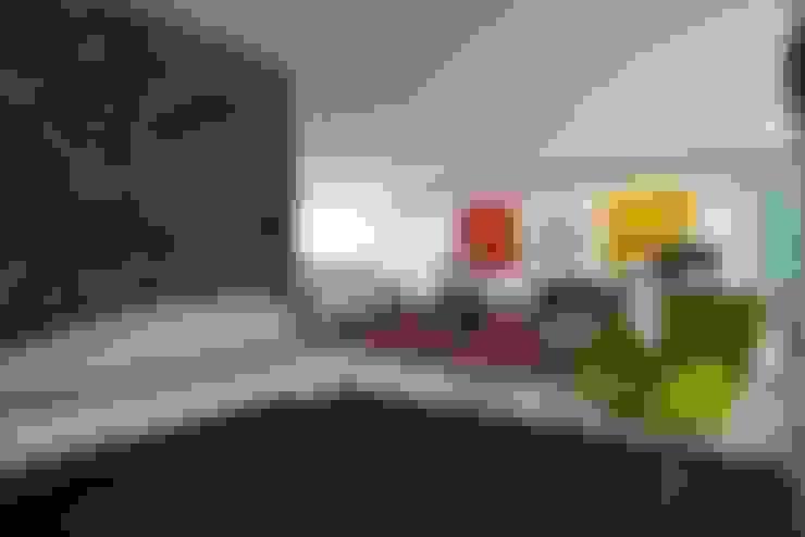 Salas / recibidores de estilo  por oda - oficina de arquitectura