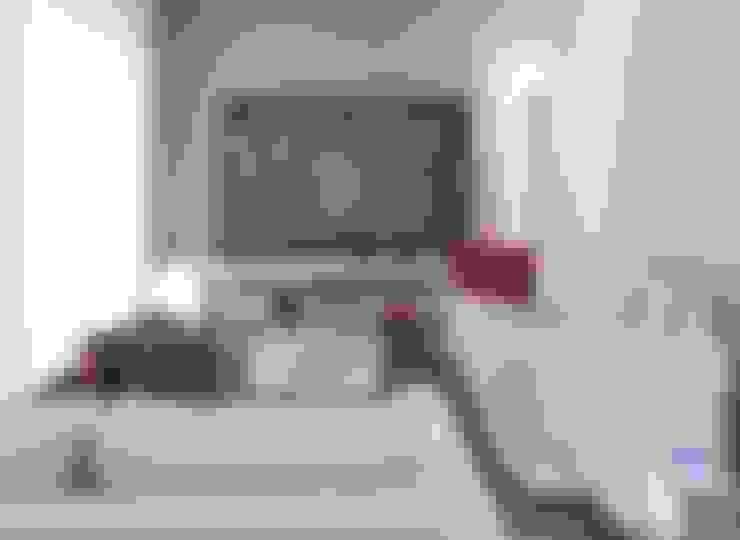 Living room by architetto Lorella Casola