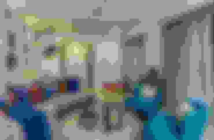 Living room by In-situ Design
