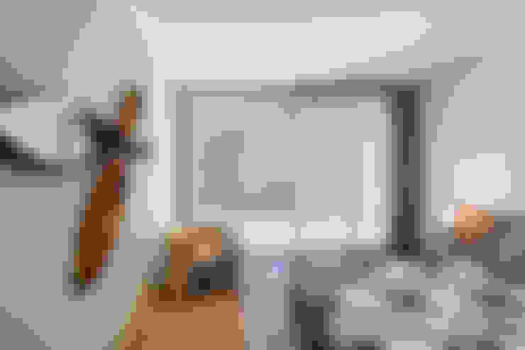 Bedroom by INAIN Interior Design
