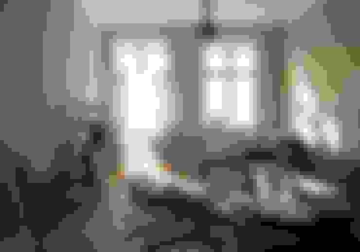 غرفة المعيشة تنفيذ Julia Kosina                                                                                                       Interior Design & Innenarchitektur