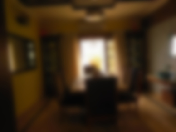Residence.:  Dining room by Rita Mody Joshi & Associates