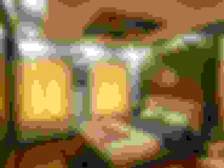Residence.:  Bedroom by Rita Mody Joshi & Associates