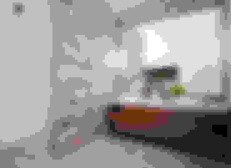 """Proyecto Arquitectónico """" Casa XC03""""       : Baños de estilo  por PORTO Arquitectura + Diseño de Interiores"""