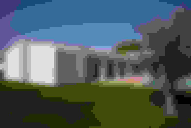 Дома в . Автор – Atelier Data Lda