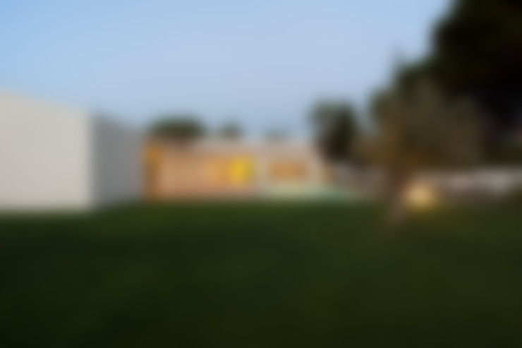 Casas de estilo  de Atelier Data Lda