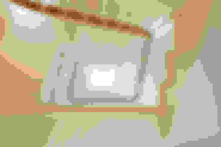 Pasillos y recibidores de estilo  por Nash Baker Architects Ltd